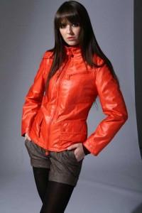 осень куртка хурма