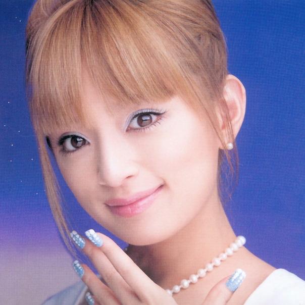 японская косметика Аюми Хамасаки