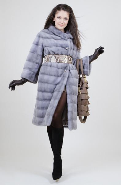 Шуба из голубой норки зима 2011