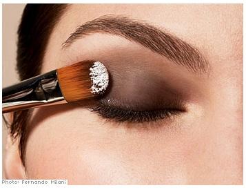 дымчатый макияж повседневный
