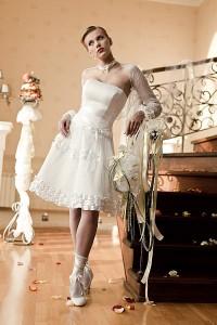 короткие свадебные платья 2011 года фото