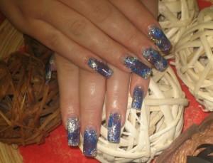 новогодние рисунки на ногтях синий  фото
