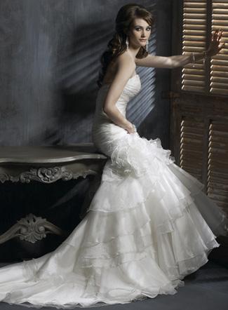 платье свадебное сезона 2011