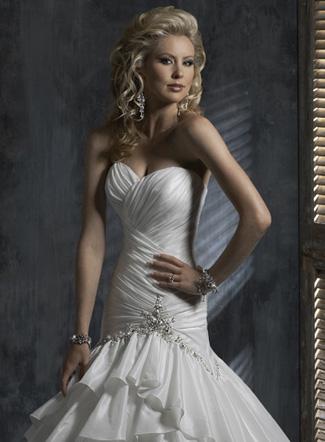тенденции свадебных платьев 2011