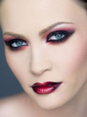 как сделать макияж вампирши