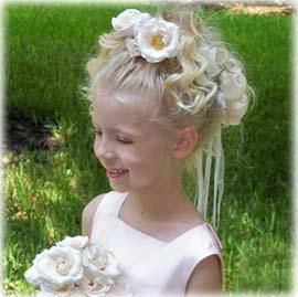 прическа для маленькой девочки для свадебного торжества