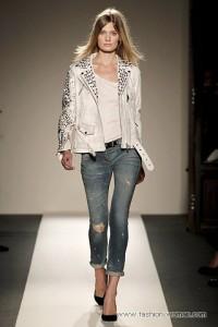 женские джинсы 2011 в стиле гранж