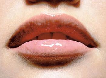 ТОП-3 самых популярных тонов блеска для губ