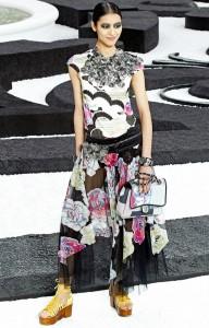 платья с принтами весна-лето 2011
