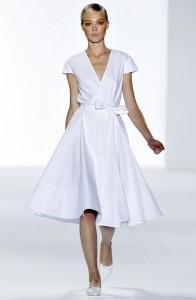 модные белые  платья весна-лето 2011