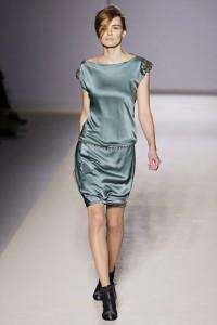 вечерние платья 2011 минимализм