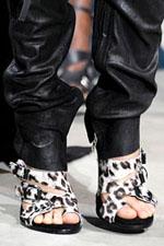 обувь весна-лето 2011 под зебру