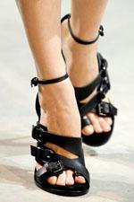 обувь весна-лето 2011 с ремешками