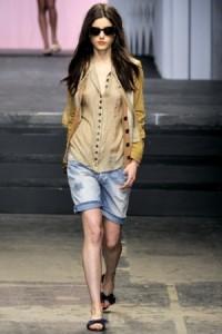 модные джинсовые шорты 2011 фото