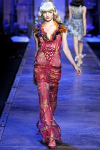 молодежное прозрачное платье 2011