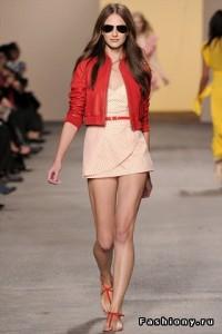 модные куртки весна-лето 2011 с коротким рукавом фото