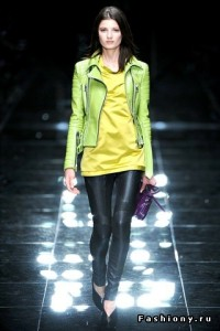 яркие куртки весна-лето 2011 фото