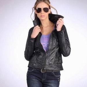 модная кожаная куртка ларедут 2011-2012