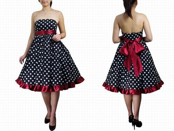 вечернее платье в горошек без бретелек