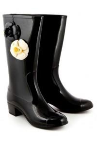 модные черные сапоги chanel осень 2011