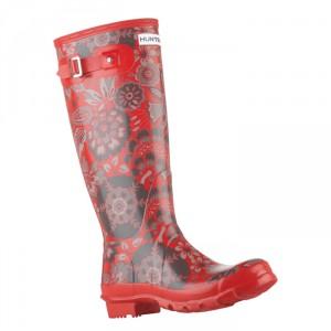 модные красные резиновые сапоги hunter осень 2011
