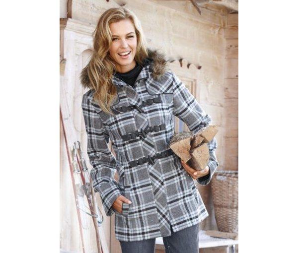 модное пальто с мехом 2012