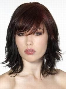 модная стрижка 2012 для волос средней длины