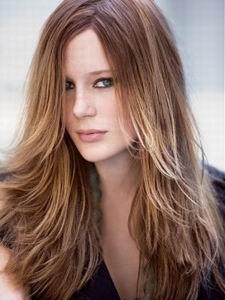 модная стрижка 2012 для длинных волос - лесенка