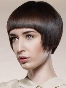 модная стрижка для коротких волос в 2012 году - укороченный боб