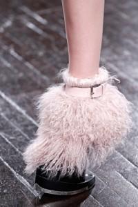 модная обувь с мехом осень-зима 2012-2013 Alexander McQueen