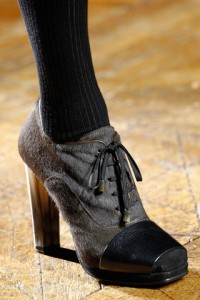 обувь сезона 2012-2013 с коротким мехом