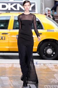 полупрозрачное модное платье