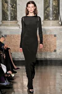 модное закрытое черное платье Emilio Pucci сезона 2012-2013