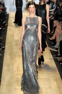 серебристое вечернее платье осень-зима 2012-2013