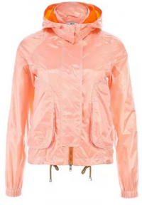 Оранжевая легкая осенняя куртка