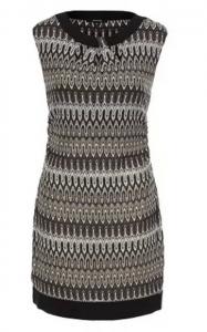 вязаное платье с узором без рукавов
