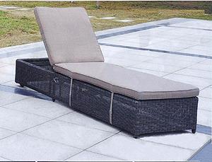 Почему стоит купить мебель из ротанга?