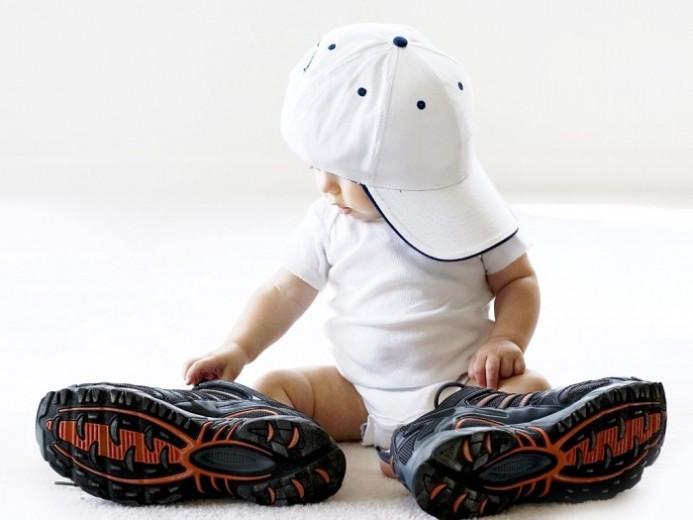 Выбираем детские кроссовки