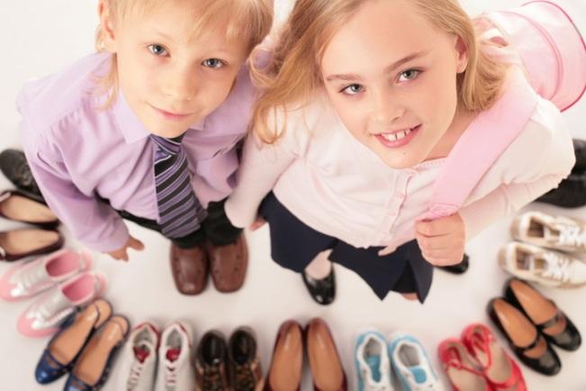 Правильно выбираем-школьную-обувь