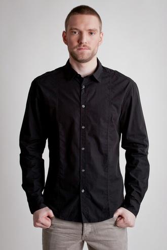 С-чем-носить-чёрную-мужскую-рубашку