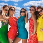 Как одеваться девушке в 20 лет?