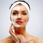 Самые эффективные маски для омоложения лица