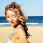 Как ухаживать за волосами знойным летом?