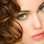 Какой макияж сделать для зелёных глаз?