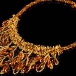 Мода на янтарные украшения вечна!