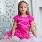 Нарядные платья для девочки. Как подобрать подходящий вариант?