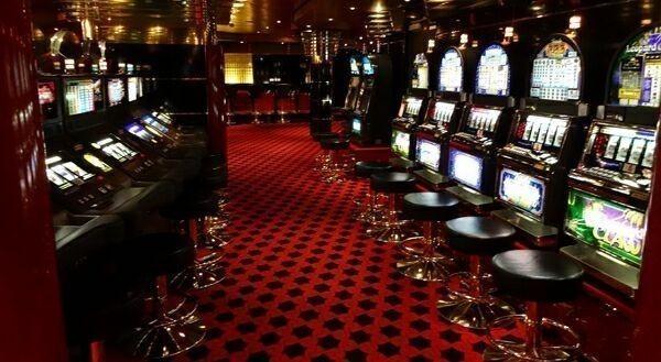 слоты-и-казино