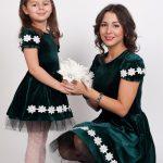 Как правильно носить платья мамам