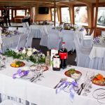 Теплоход на свадьбу — идеальное место отдыха