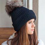 Особенности шапок с помпоном